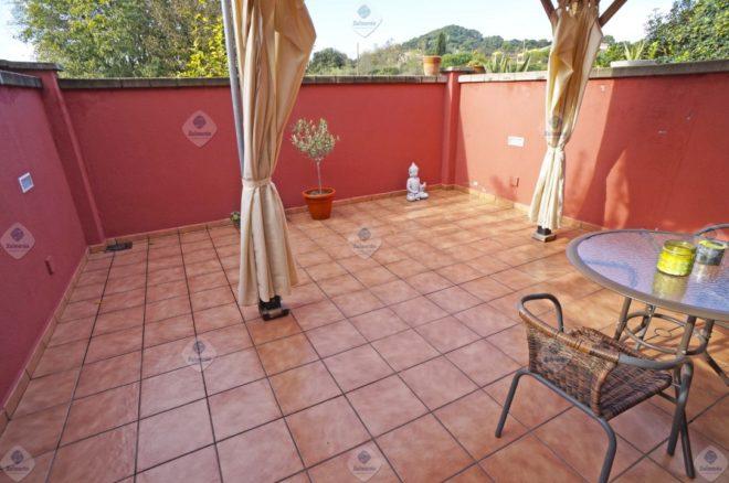 P-1821 Palafolls Centro Casa adosada con 4 dormitorios, garaje y jardín en venta