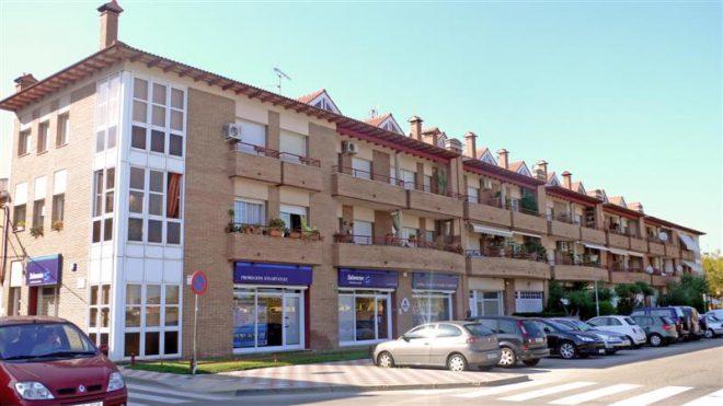 Palafolls Inmobiliaria Salmerón 4 Casas adosadas + 8 pisos y 4 locales C. Ramón Turró esq. Riera de la Burgada y Pompeu Fabra 1995-1997 (1)