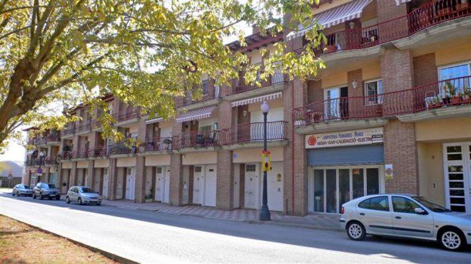 Palafolls Inmobiliaria  Salmerón 7 Casas adosadas + 6 pisos + 2 locales C. Riera de la Buirgada esq. Avda. Pau Casals
