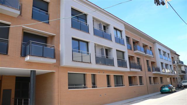 Palafolls Inmobiliaria Salmerón C. Purisima 19 pisos 2003-2004