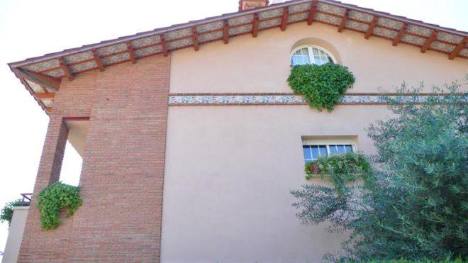 Palafolls Inmobiliaria Salmerón 3+2 casas en C. Salvador Esdpriu esq. C. Jacinto Verdaguer Santa Susanna 2000-2001 (4)