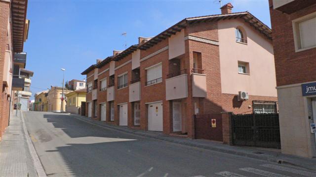 Palafolls Inmobiliaria Salmerón 4+5 casas C. del Mig esq Rambla de les Ferreríes 2001-2002 (3)