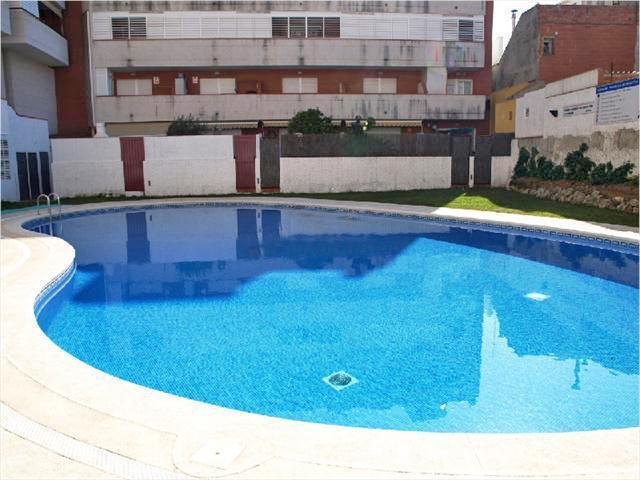 """""""M-1133 Malgrat de Mar Piso 3 dormitoris amb piscina comunitària """""""
