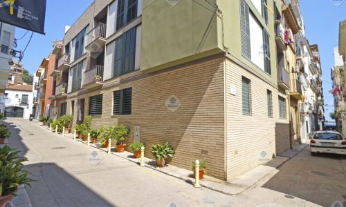 """B-1323 Blanes centro piso 2 bedroom furnished only recent work 150 m. of the beach"""