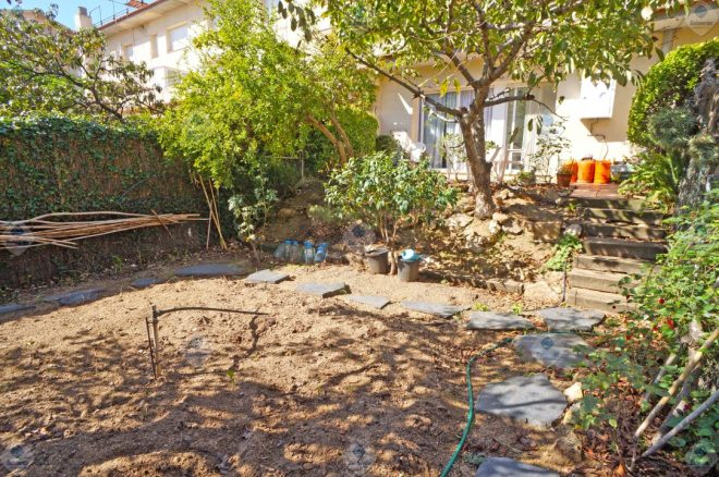 P-1712 Palafolls Planta Baja 3 dormitorios con jardín privado y plaza de PK y trastero incluidos en el precio