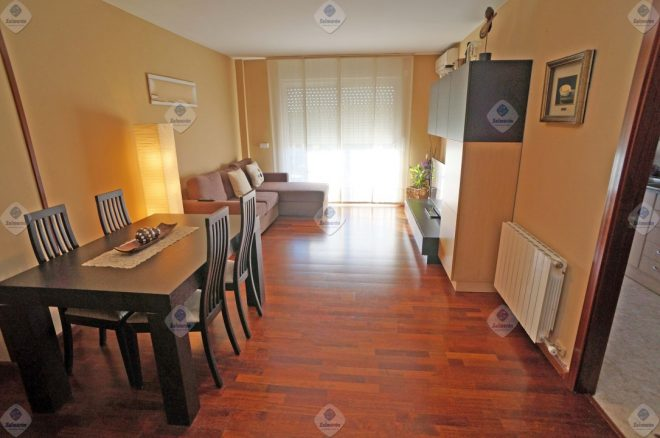 ALQ-P-1726 floor Palafolls 2 bedrooms with parking included in the price